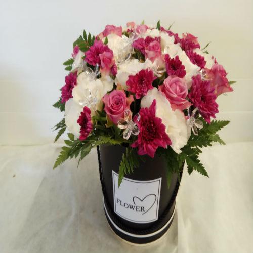 סידור פרחים בקופסא 10